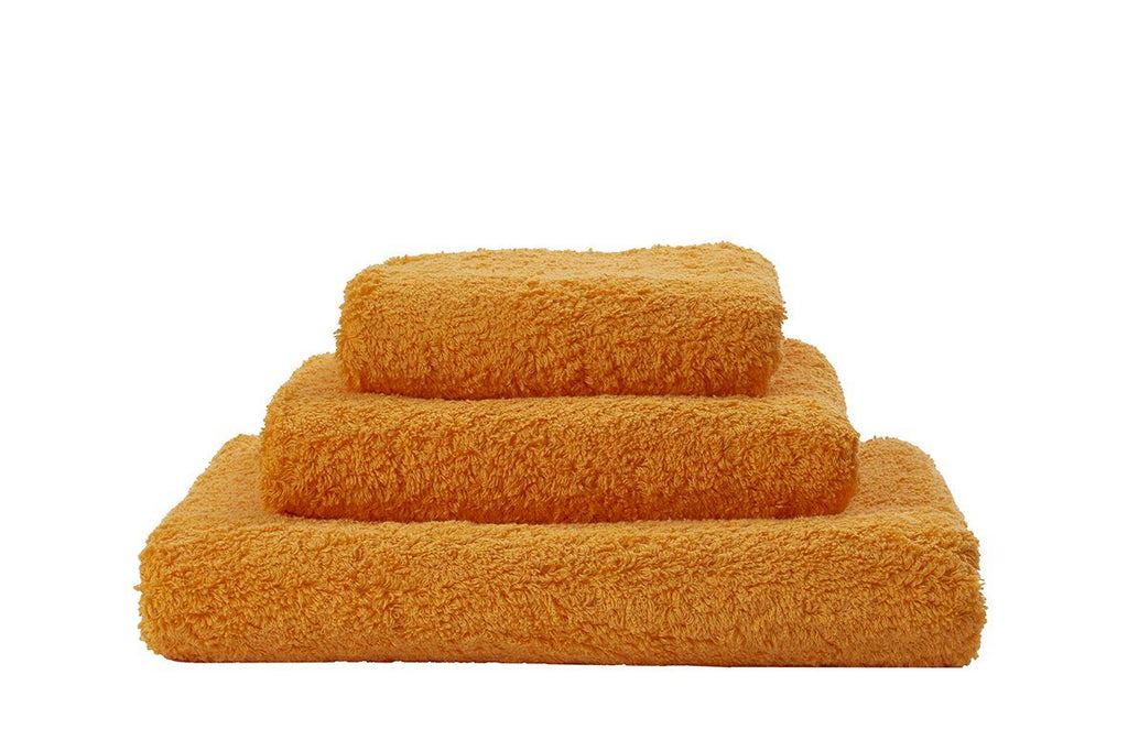 Set of Abyss Super Pile Towels in Orange 635