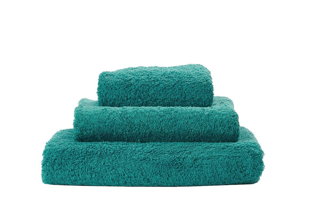 Set of Abyss Super Pile Towels in Peacock 301