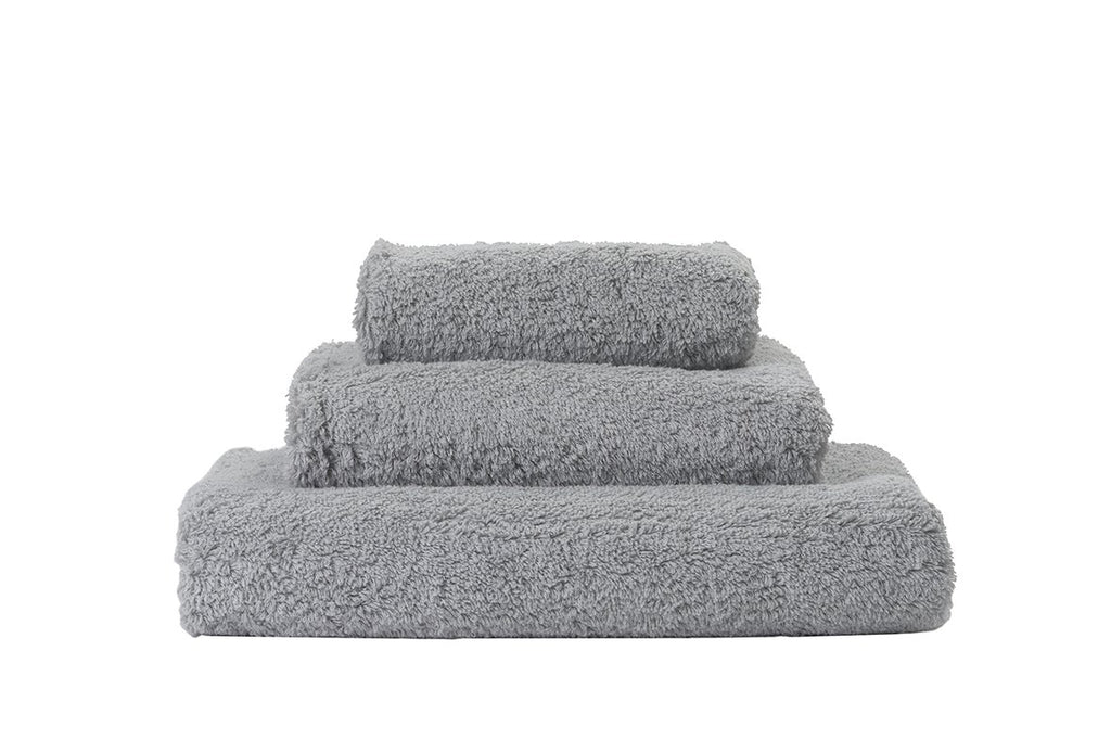 Set of Abyss Super Pile Towels in Platinum 992