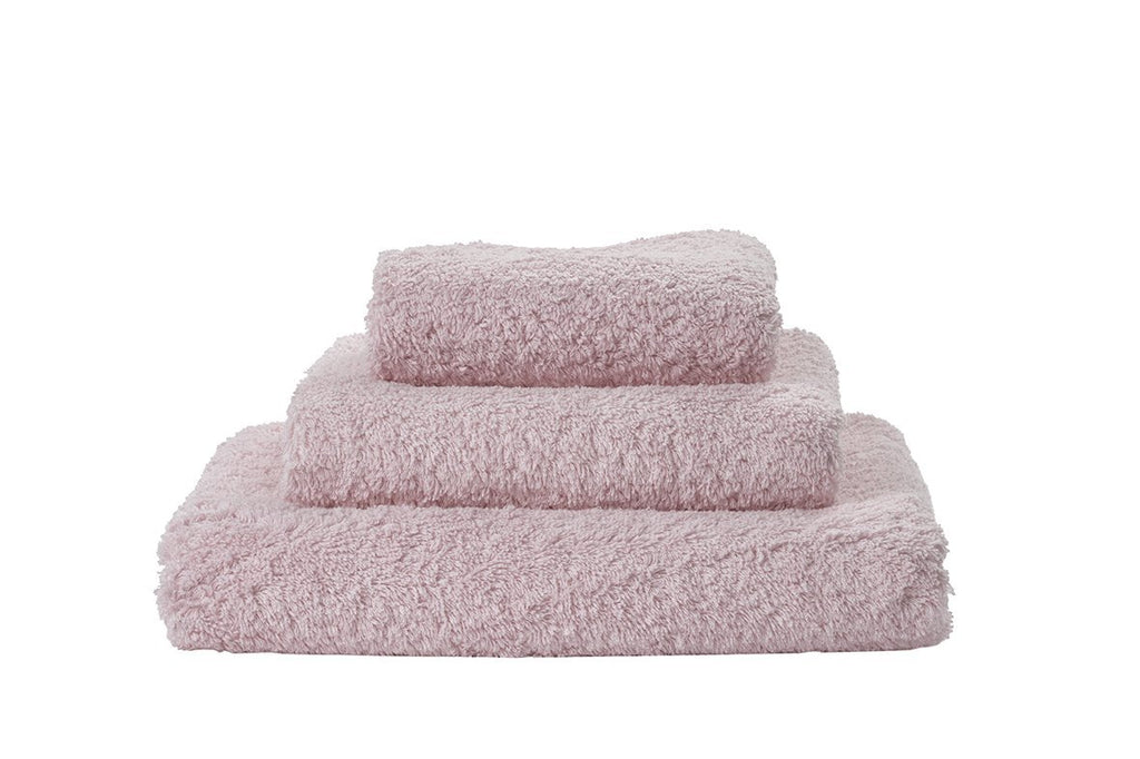 Set of Abyss Super Pile Towels in Primrose 518