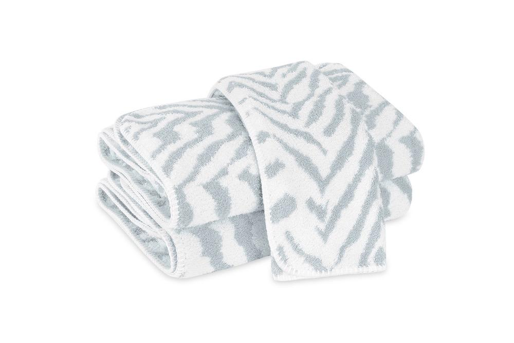 Quincy Pool Bath Towels | Matouk Schumacher at Fig Linens