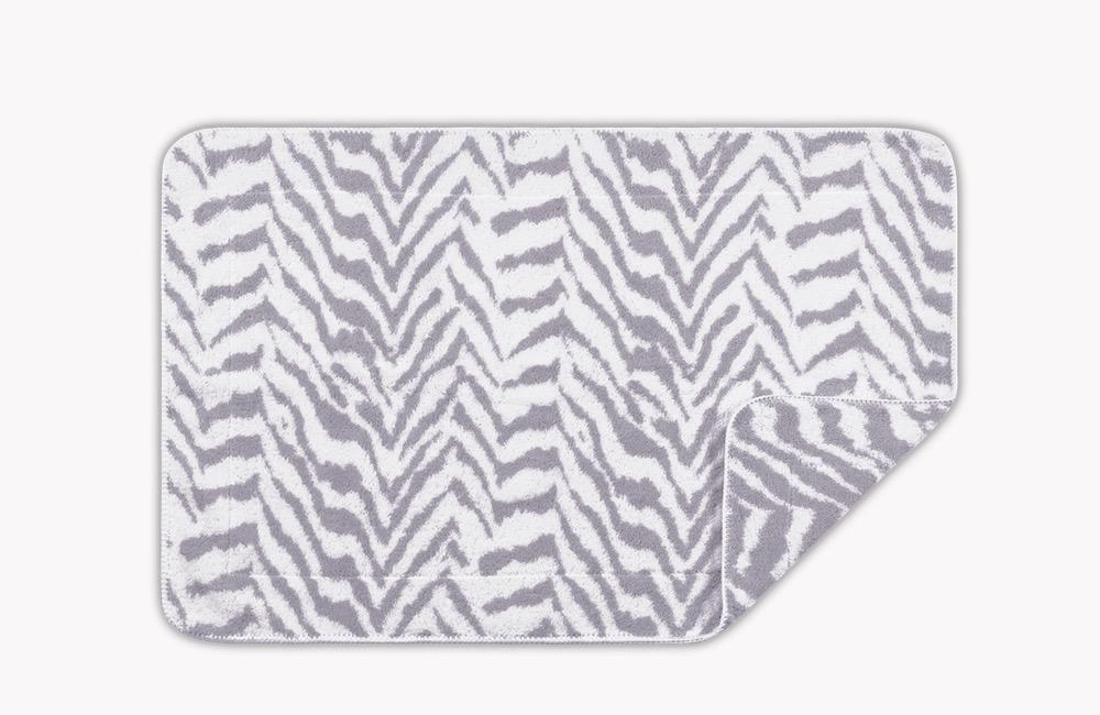 Quincy Fossil Tub Mat | Matouk Schumacher at Fig Linens