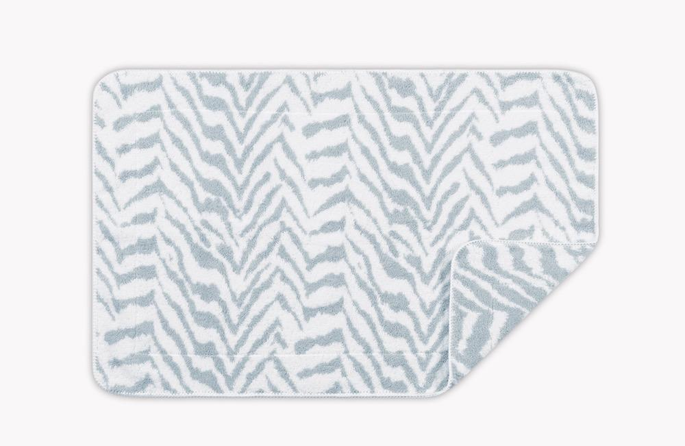 Quincy Pool Tub Mat | Matouk Schumacher at Fig Linens