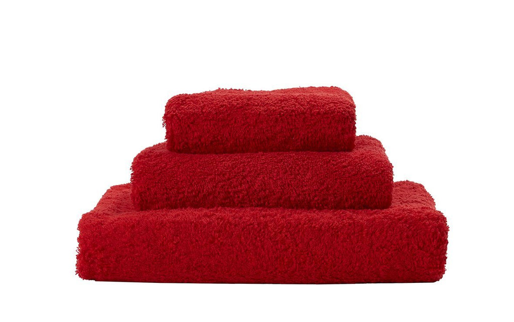 Set of Abyss Super Pile Towels in Rouge 553