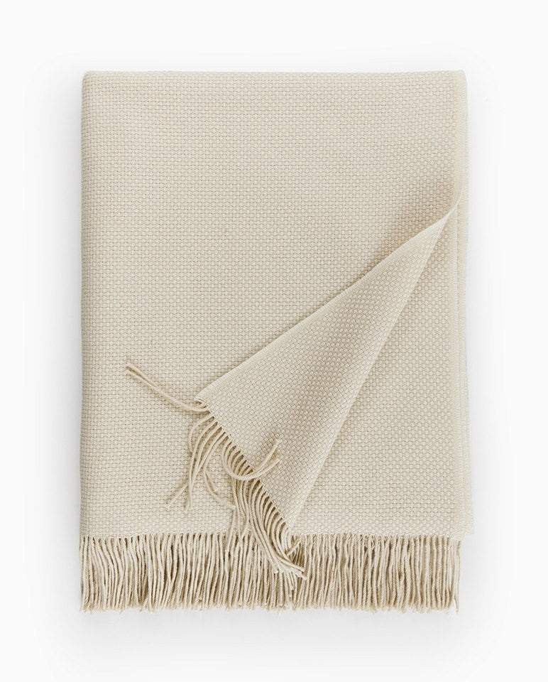 Sferra Bristol Throw in Cream