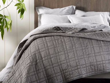 Double-Stitched Quilted Organic Cotton Comforter in Mid-Gray - Coyuchi