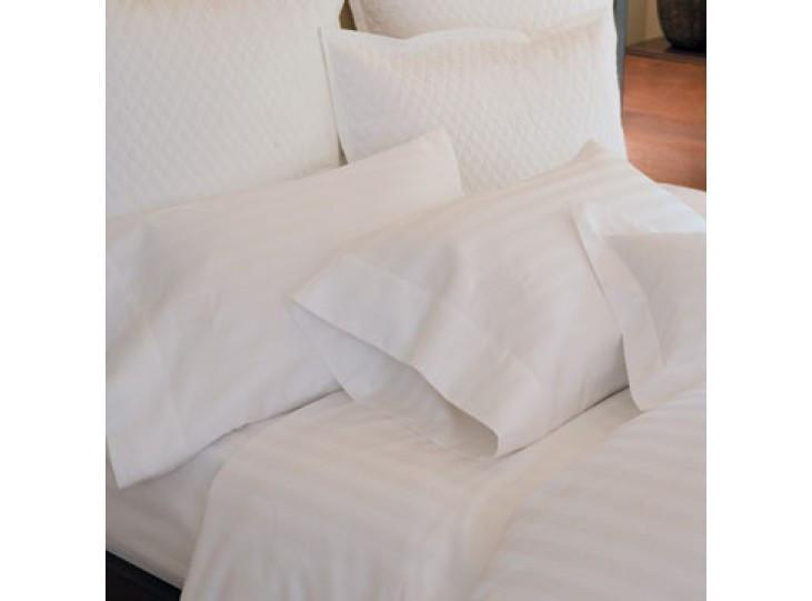Duet II Duvet and Shams by Peacock Alley | Fig Linens