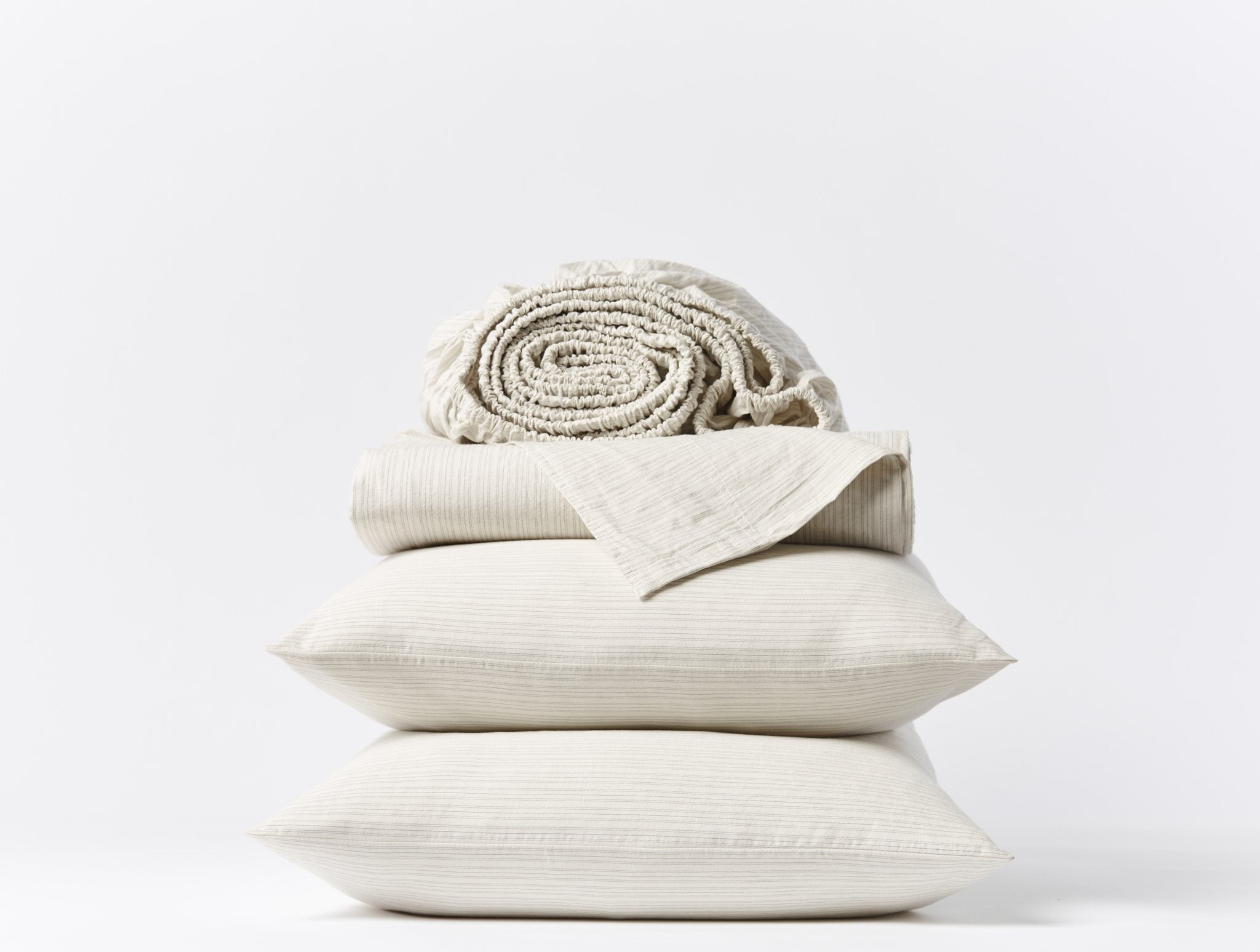 Undyed w/ Indigo-Mid Gray Organic Crinkled Percale Sheets