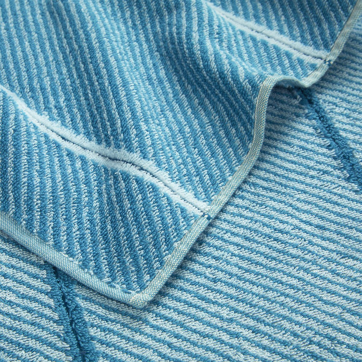 Fig Linens - Bermude Teal Bath Towels by Hugo Boss - Detail