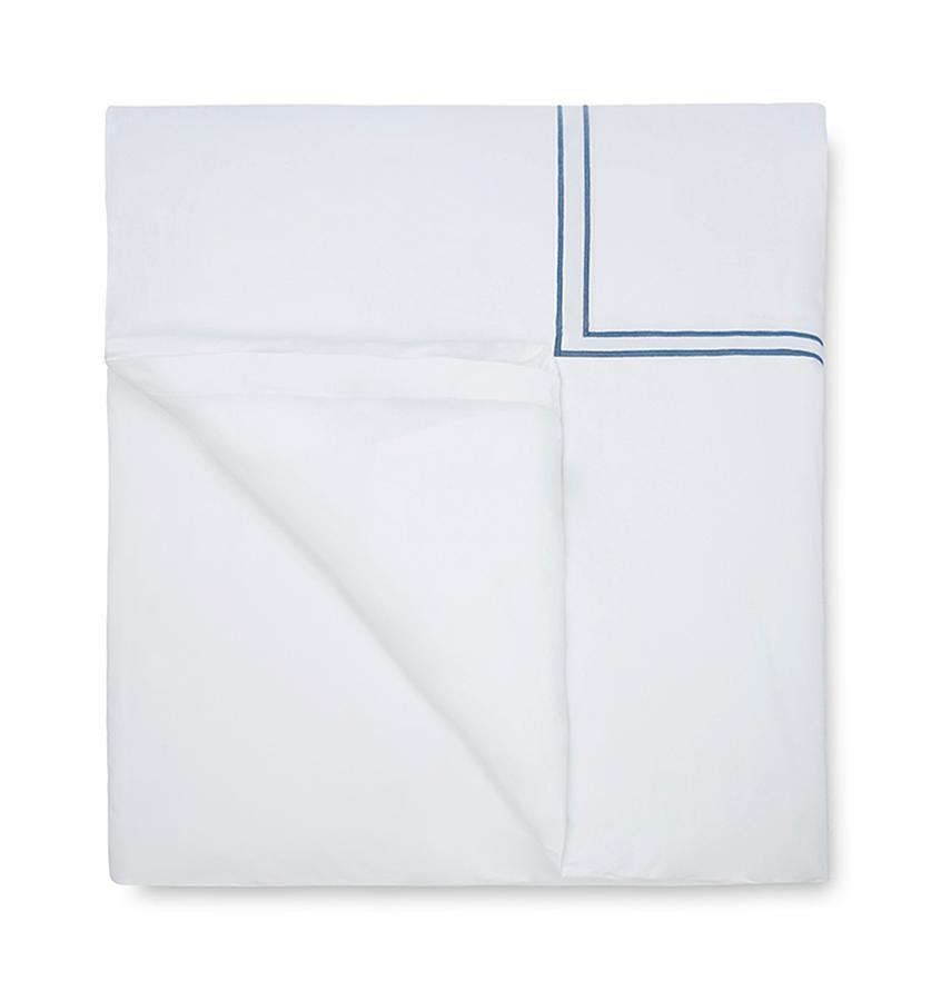 Fig Linens - Sferra Bedding - Grand Hotel White and Cadet Blue Duvet
