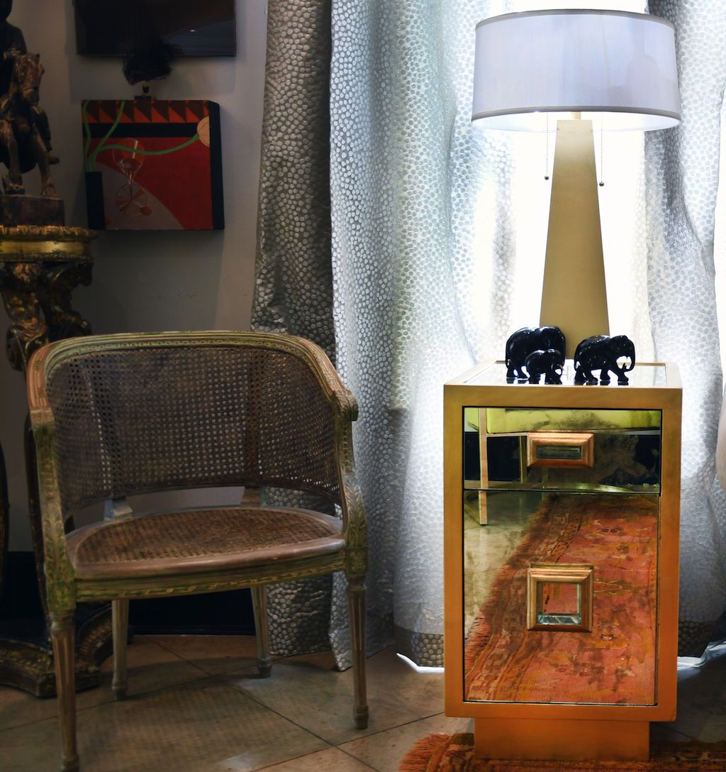 Cisco Antique Mirror & Gold Side Table by Worlds Away - Lifestyle - Worlds Away