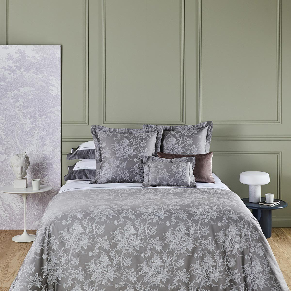 Aurore Platine Bedding by Yves Delorme