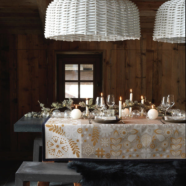 Fig Linens - Le Jacquard Francais - Rovaniemi Chestnut Table Linens