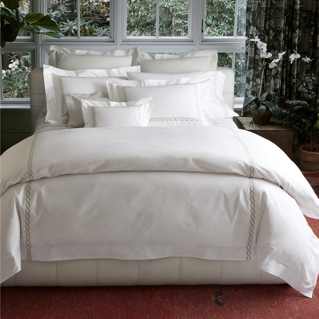 Matouk Luxury Bedding - Classic Chain Percale Duvet, Sheets and cases - Fig Linens