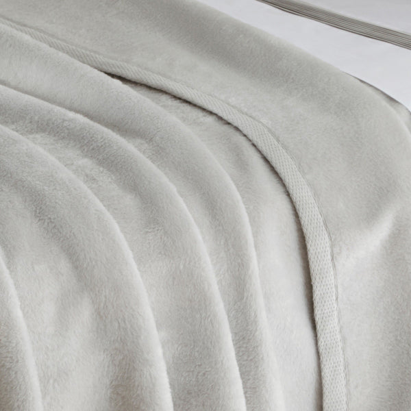 Sintra Blanket by Matouk - Fig Linens