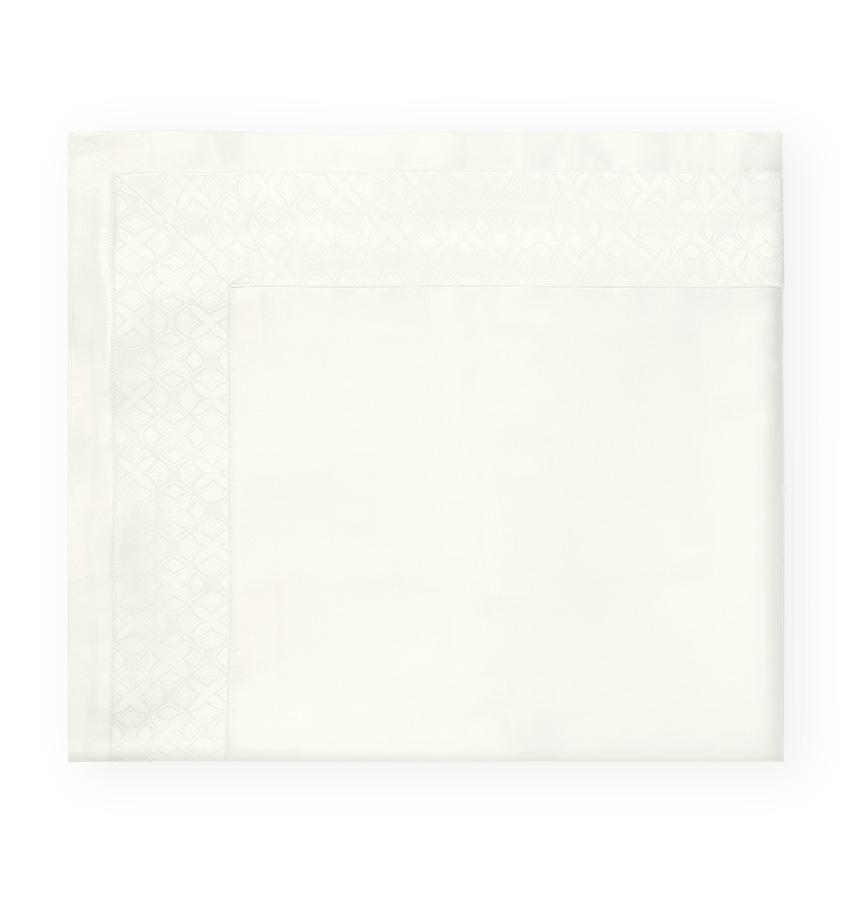 Ivory Giza 45 Quatrefoil Sheet Set by Sferra | Fig Linens and Home