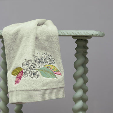 Riviera Bath Towels by Yves Delorme | Fig Fine Linens and Home