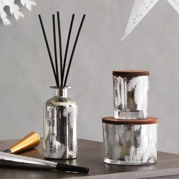 Frasier Fir Statement 3-Wick Pine Needle Candle by Thymes | Fig Linens
