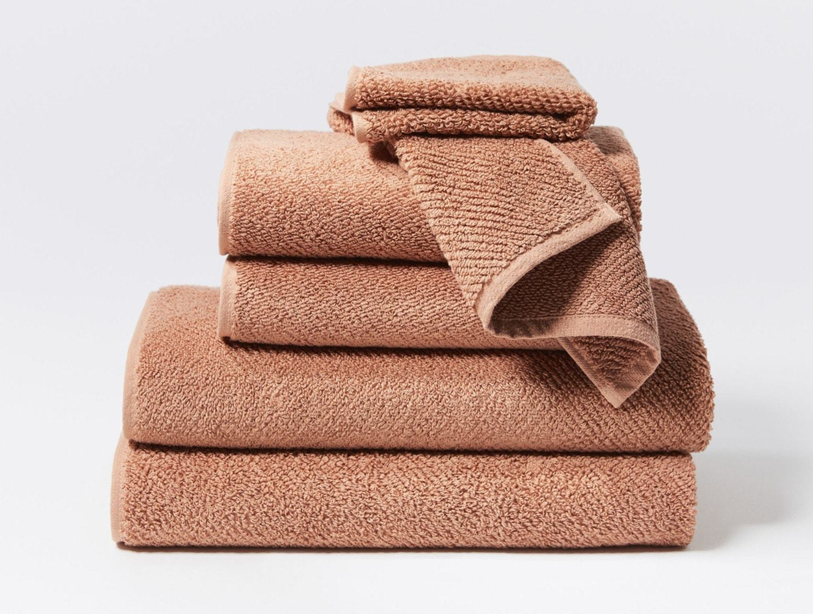 Air Weight Dusty Coral Organic Bath Towels