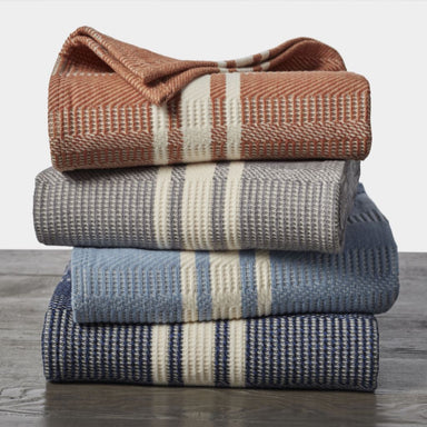 Cirrus Organic Throws by Coyuchi | Fig Linens