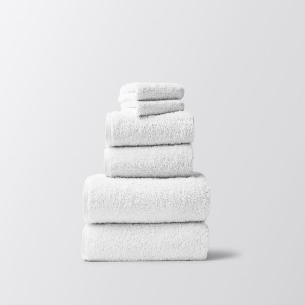 Coyuchi Cloud Loom Alpine White Organic Bath Towels | Fig Linens