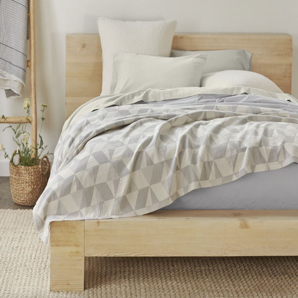 Pismo Organic Blankets, Throws & Shams by Coyuchi | Fig Linens
