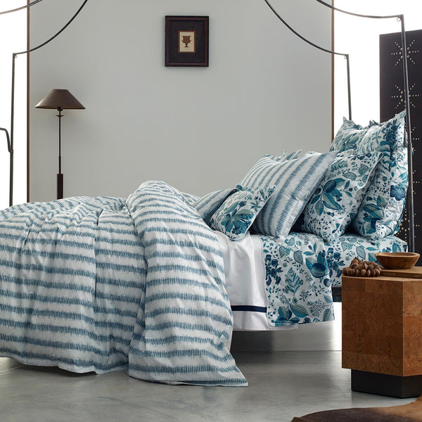 Matouk Schumacher Attleboro Bedding | Duvets, Sheets, Quilts at Fig Linens