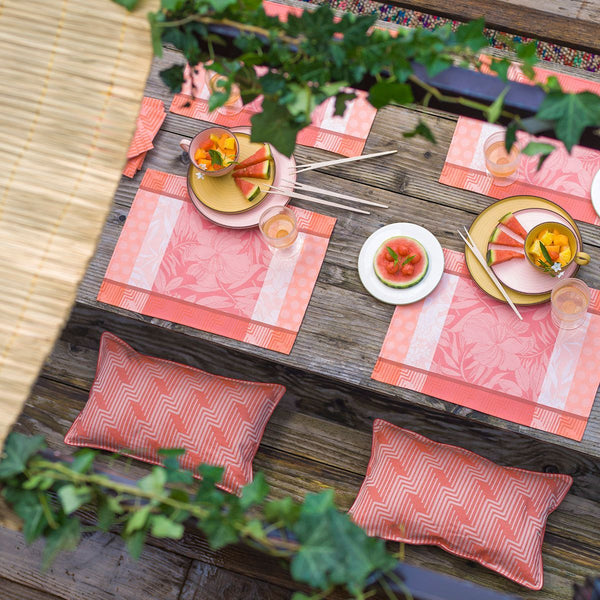 Fig Linens - Le Jacquard Francais Nature Urbaine Quartz Outdoor Collection