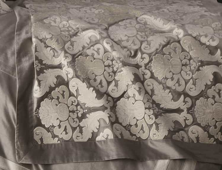 Fig Linens - Lili Alessandra Bedding -  Versailles Silver Velvet Throw
