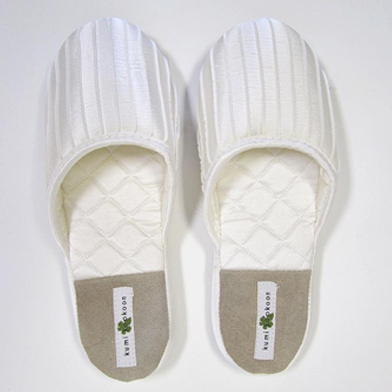 Kumi Kookoon French Pleat Silk Slippers | Fig Linens white