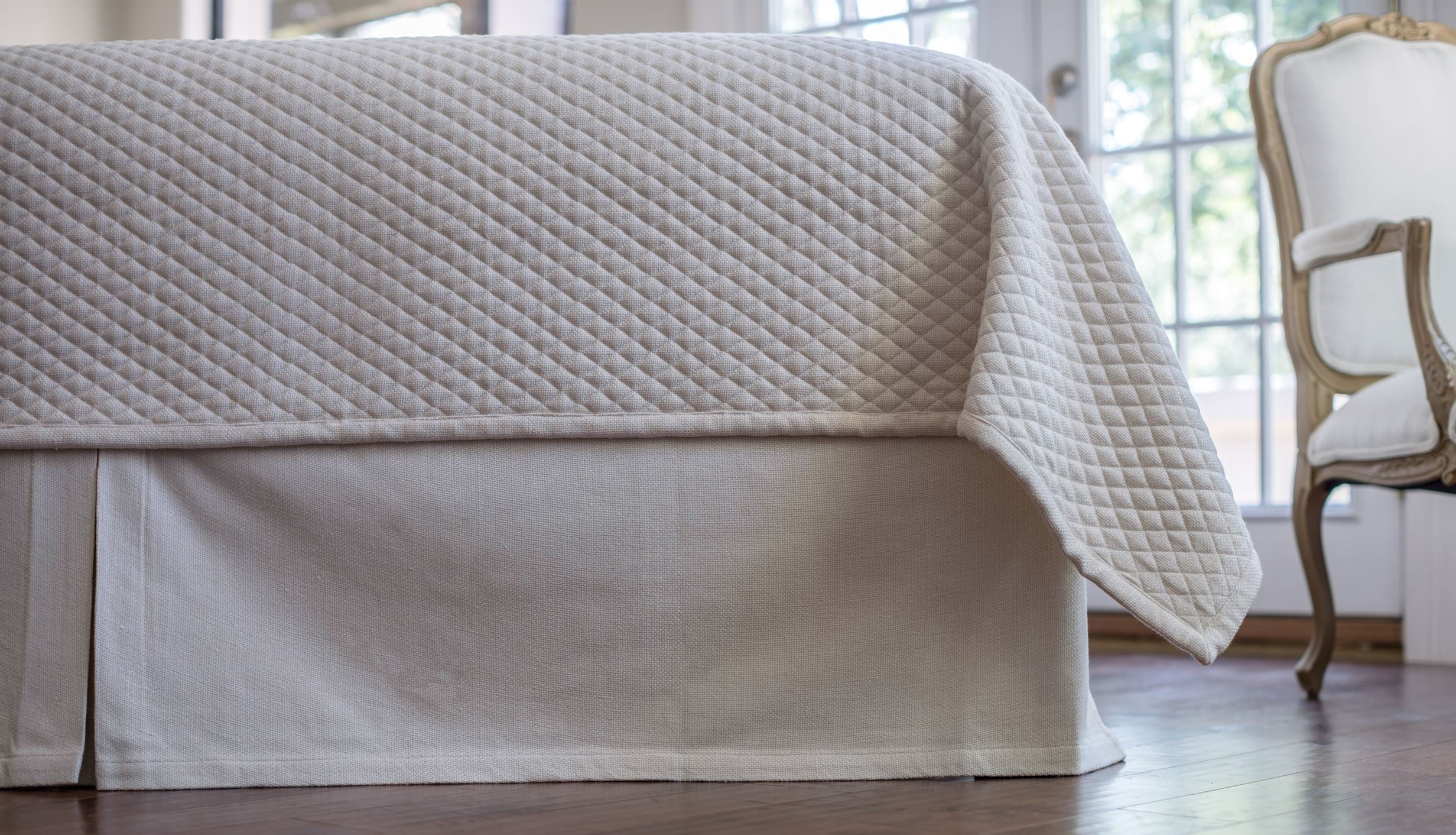 Lili Alessandra Laurie Quilted Ivory Basketweave Tailored Bed Skirt