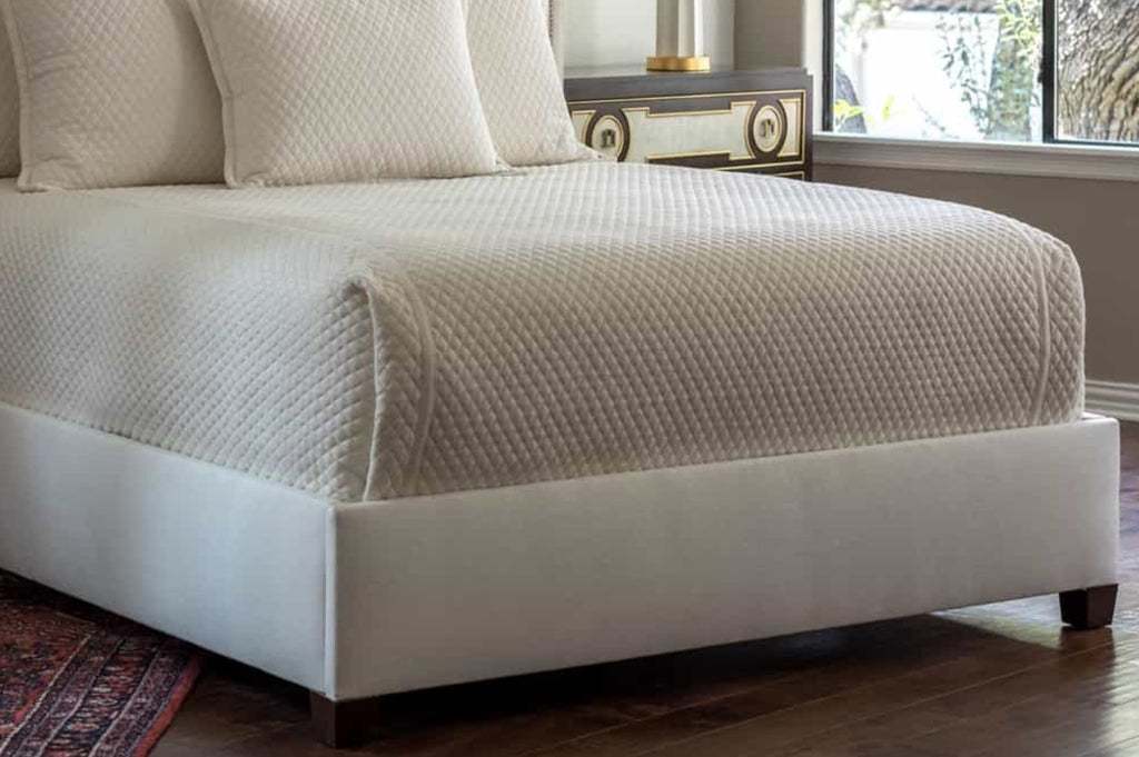 Lili Alessandra Laurie Quilted Ivory Basketweave Coverlet Detail