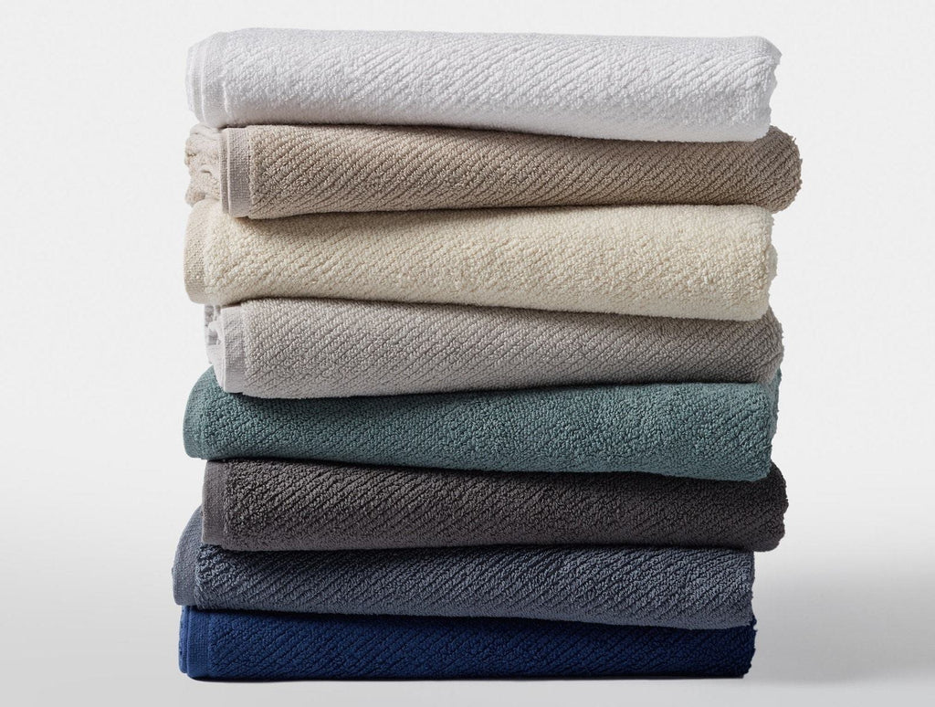 Air Weight Organic Bath Towels by Coyuchi | Fig Linens
