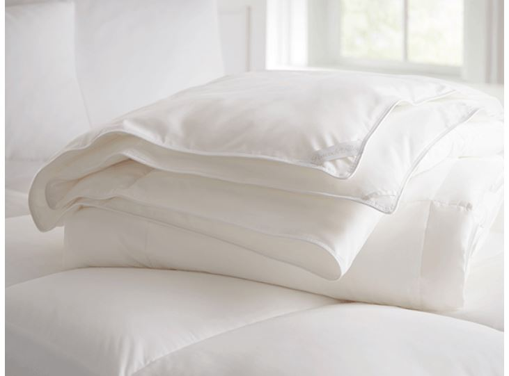 White Goose Down Duvet by Peacock Alley | Fig Linens