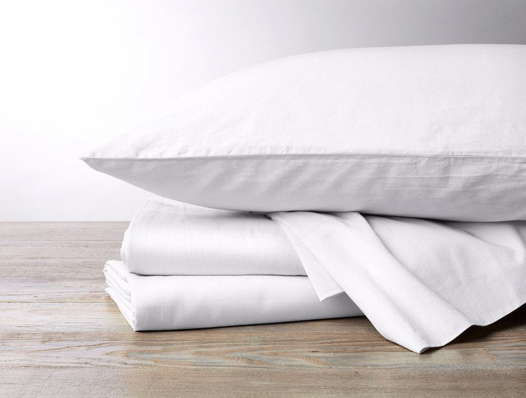 Coyuchi Alpine White 300 TC Organic Sateen Sheets and Pillowcases | Fig Linens