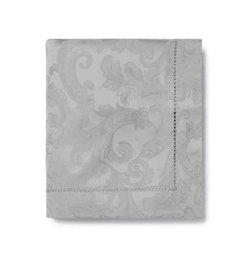 Acanthus Table Linen by Sferra elegant tablecloths, placemats and napkins fig linens gold