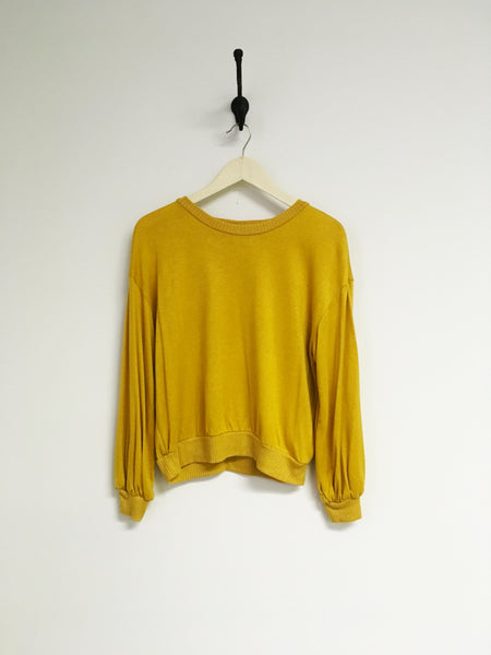 Belle Mustard Crew Neck w/ Puffy Sleeve