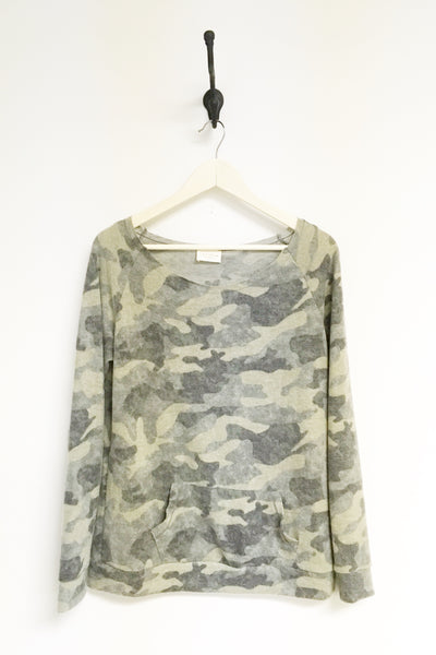Cozy Raw Edge Camo LS Top