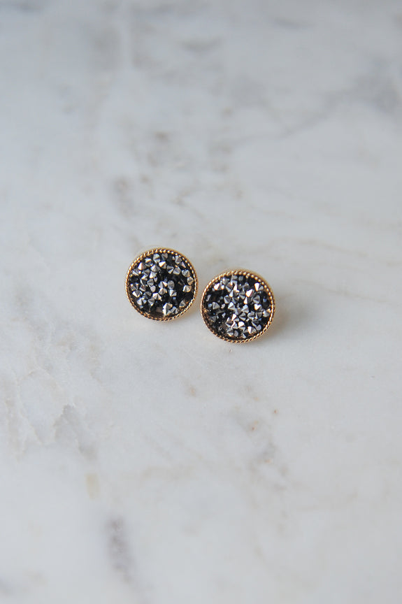 Crushed Stone Circle Post Earrings