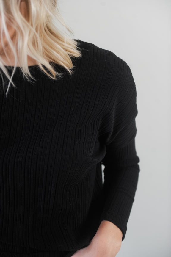 Jessica Ribbed Crop Long Sleeve Blouse