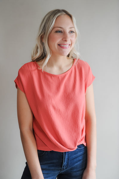 Sammie Front Knot Coral Tee