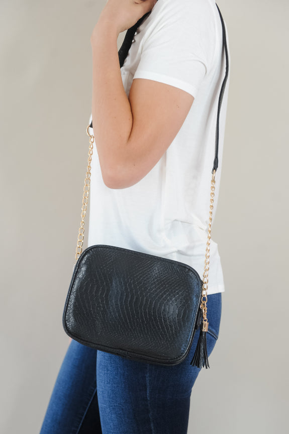 Sightseer Crossbody