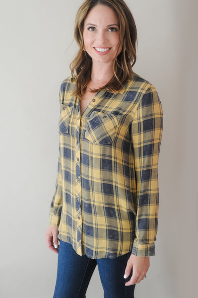 Blaze Long Sleeve Button Down Flannel