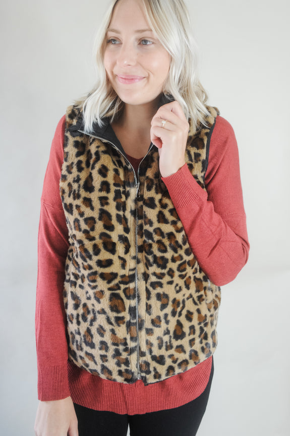 Reversible Black Vest with Leopard Lining