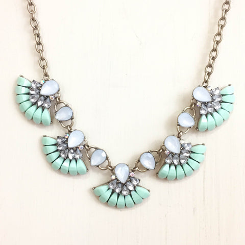 Fan Flower Necklace