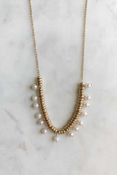 Gold Bead & Pearl Short Necklace