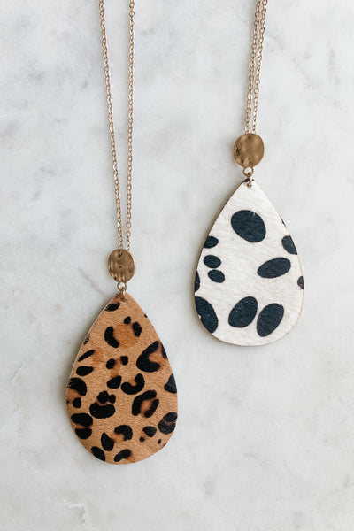 Long Animal Print Pendant Necklace