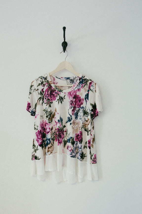 FLORAL SHORT SLEEVE BLOUSE WITH CONTRAST HEM