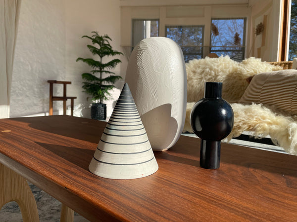 Photo of M+A NYC Keyhole Vase in Soapstone in the sunroom at the Kingston Design Showhouse