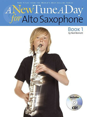 A New Tune A Day Alto Saxophone Bk/CD